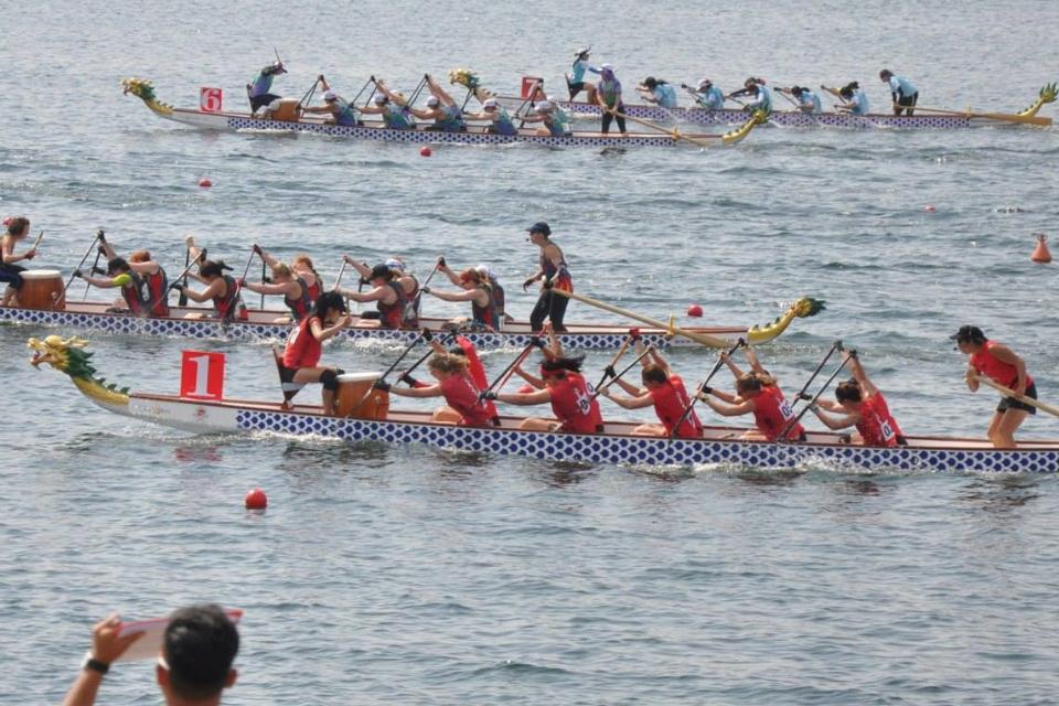 150615 - Dragonboating - Paddle like a girl