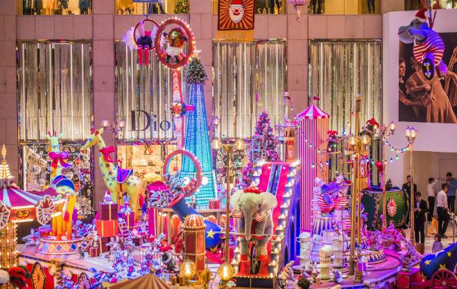 christmas circus display landmark shopping mall hong kong