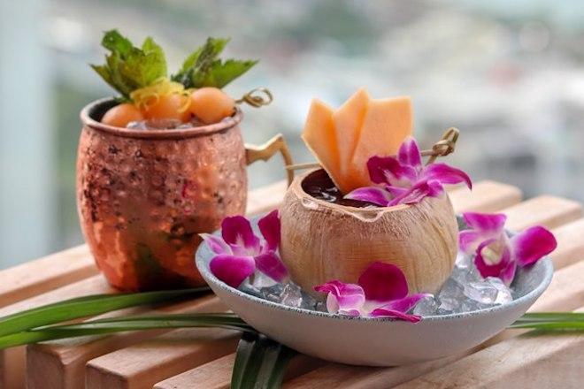 sugar-tropical-cocktail