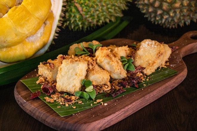 Crispy-fried Bean Curd with Creamy Durian Sauce