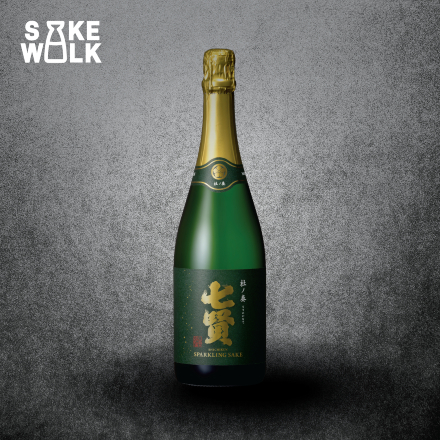 Morinokanade Sparkling Sake. The very first whisky aged sparkling sake in the world Champage method used with aroma and flavor from Hakushu Whisky barrel_720