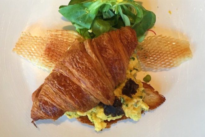 cafe grey deluxe scrambled egg hong kong