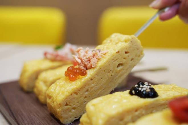 tamago en egg roll skewer hong kong